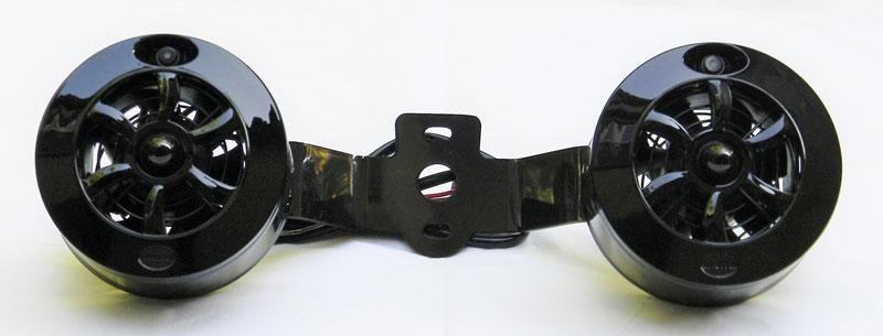 en Love Jugs Cool-Master-fläktsystem i svart